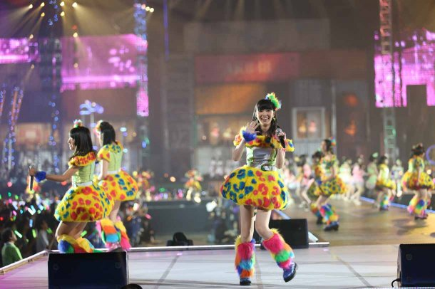 Highlights from AKB48′s Five-Dome Tour [Nagoya Dome Day 1] (23)
