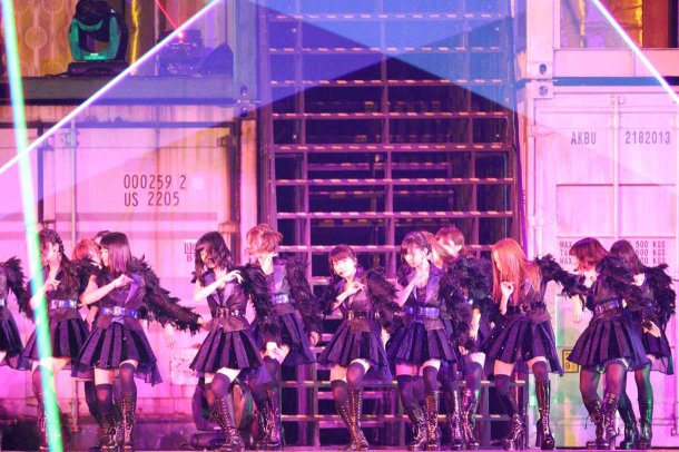 Highlights from AKB48′s Five-Dome Tour [Nagoya Dome Day 1] (24)
