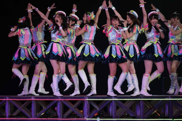 Highlights from AKB48′s Five-Dome Tour [Nagoya Dome Day 1] (26)