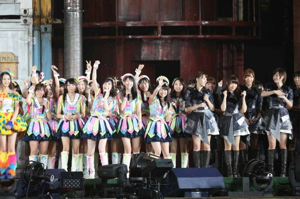 Highlights from AKB48′s Five-Dome Tour [Nagoya Dome Day 1] (28)