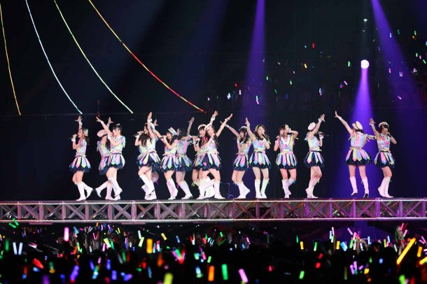 Highlights from AKB48′s Five-Dome Tour [Nagoya Dome Day 1] (31)