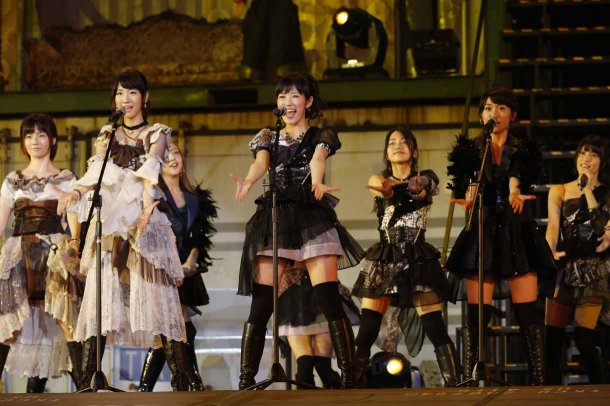 Highlights from AKB48′s Five-Dome Tour [Nagoya Dome Day 1] (35)