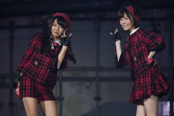Highlights from AKB48′s Five-Dome Tour [Nagoya Dome Day 2] (13)