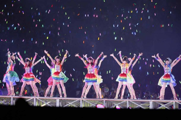 Highlights from AKB48′s Five-Dome Tour [Nagoya Dome Day 2] (2)