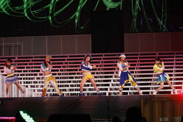 Highlights from AKB48′s Five-Dome Tour [Nagoya Dome Day 2] (20)