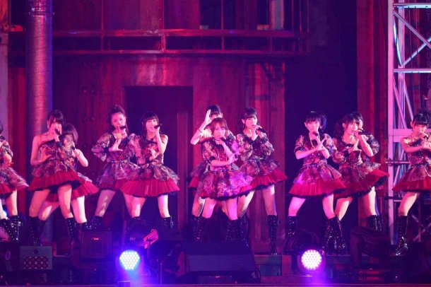 Highlights from AKB48′s Five-Dome Tour [Nagoya Dome Day 2] (23)