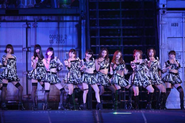 Highlights from AKB48′s Five-Dome Tour [Nagoya Dome Day 2] (24)