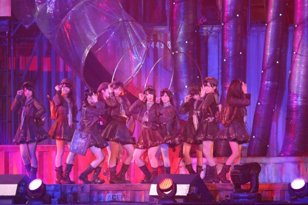 Highlights from AKB48′s Five-Dome Tour [Nagoya Dome Day 2] (26)
