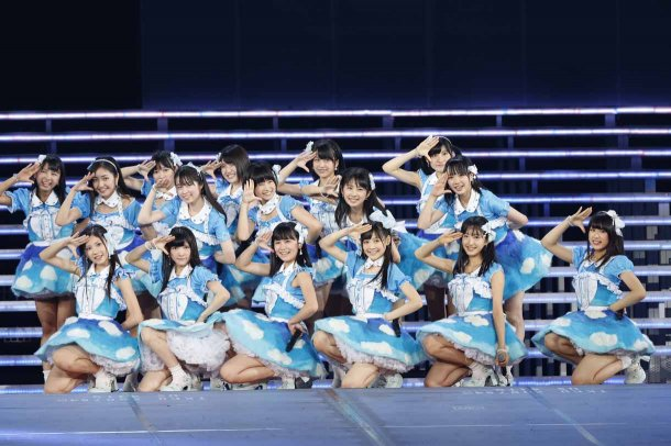 Highlights from AKB48′s Five-Dome Tour [Nagoya Dome Day 2] (9)