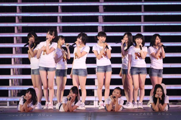 Highlights from AKB48′s Five-Dome Tour Osaka Dome Day 1 (12)